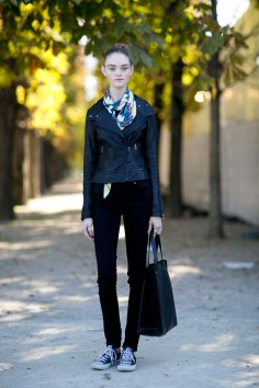 Paris-fashion-week-street-style-day-2-september-2015-the-impression-004