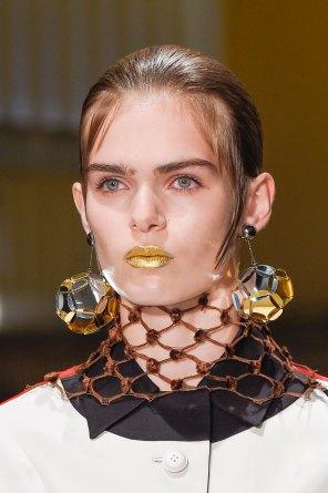 Prada-spring-2016-runway-beauty-fashion-show-the-impression-003