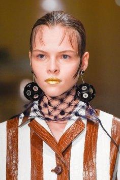 Prada-spring-2016-runway-beauty-fashion-show-the-impression-014