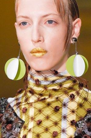 Prada-spring-2016-runway-beauty-fashion-show-the-impression-031