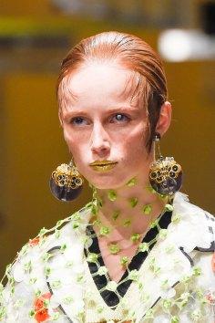 Prada-spring-2016-runway-beauty-fashion-show-the-impression-054