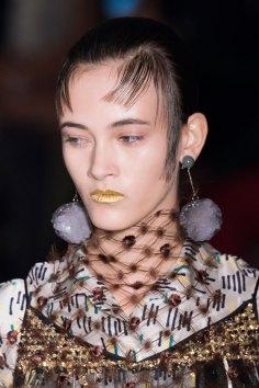 Prada-spring-2016-runway-beauty-fashion-show-the-impression-069