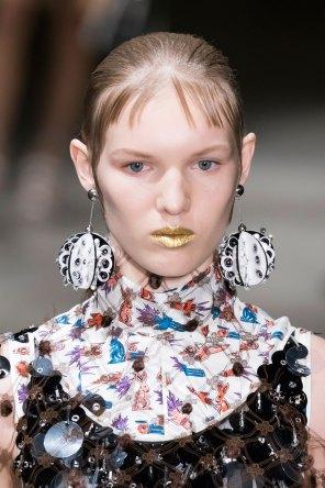 Prada-spring-2016-runway-beauty-fashion-show-the-impression-081