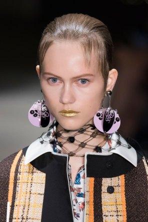 Prada-spring-2016-runway-beauty-fashion-show-the-impression-083