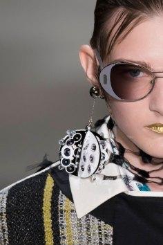 Prada-spring-2016-runway-beauty-fashion-show-the-impression-089