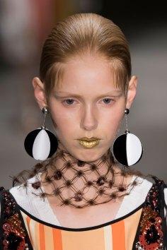 Prada-spring-2016-runway-beauty-fashion-show-the-impression-103