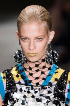 Prada-spring-2016-runway-beauty-fashion-show-the-impression-134