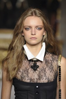 Roccobarocco-spring-2016-runway-beauty-fashion-show-the-impression-28