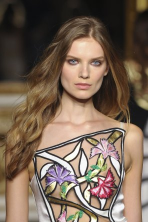 Roccobarocco-spring-2016-runway-beauty-fashion-show-the-impression-41
