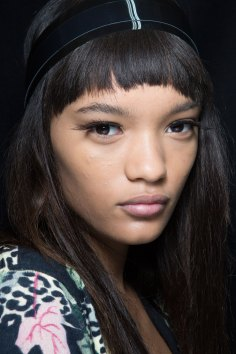 Sibling-beauty-spring-2016-fashion-show-the-impression-005