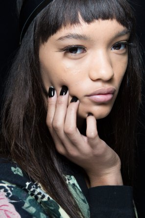 Sibling-beauty-spring-2016-fashion-show-the-impression-008