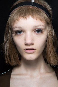 Sibling-beauty-spring-2016-fashion-show-the-impression-026