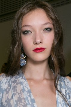 Topshop-Unique-beauty-spring-2016-fashion-show-the-impression-046