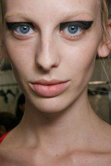 Vionnet-spring-2016-beauty-fashion-show-the-impression-10