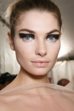 Vionnet-spring-2016-beauty-fashion-show-the-impression-42