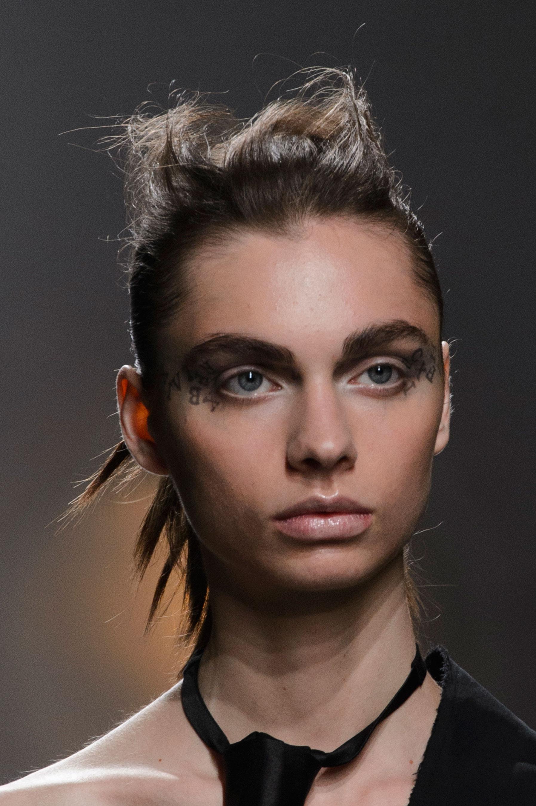 aganovich-spring-2016-runway-beauty-fashion-show-the-impression-09
