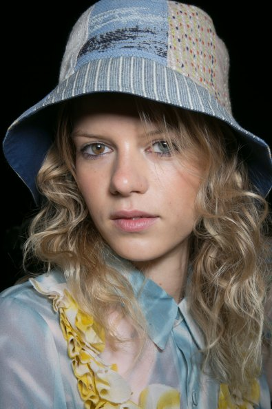 bcbg-max-azria-beauty-spring-2016-fashion-show-the-impression-24