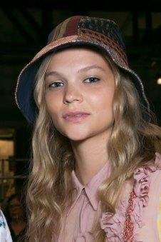 bcbg-max-azria-beauty-spring-2016-fashion-show-the-impression-41