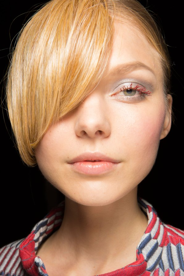 giorgio-armani-spring-2016-beauty-fashion-show-the-impression-07