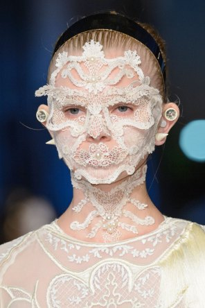 givenchy-runway-beauty-spring-2016-fashion-show-the-impression-20