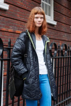 london-fashion-week-day-4-street-style-spring-2016-fashion-show-the-impression-008