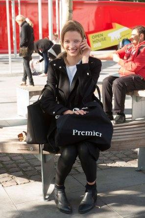 london-fashion-week-street-style-day-2-spring-2016-fashion-show-the-impression-025