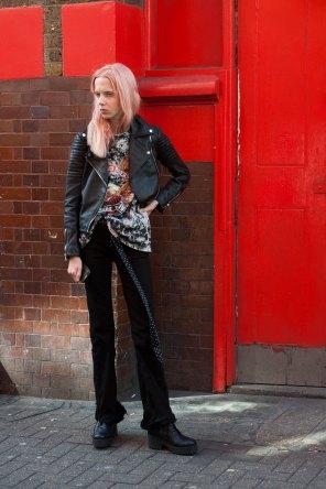 london-fashion-week-street-style-day-2-spring-2016-fashion-show-the-impression-076