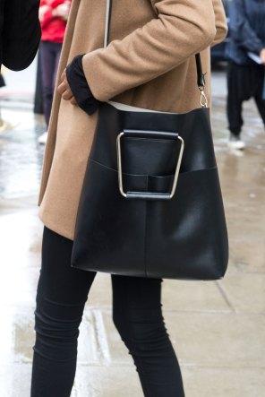 london-fashion-week-street-style-day-5-spring-2016-fashion-show-the-impression-030