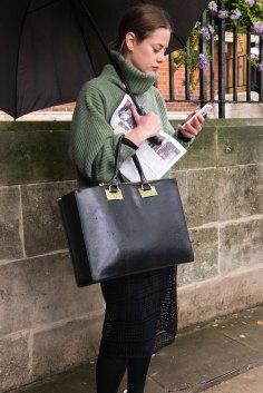 london-fashion-week-street-style-day-5-spring-2016-fashion-show-the-impression-038