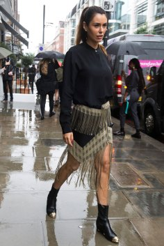 london-fashion-week-street-style-day-5-spring-2016-fashion-show-the-impression-061
