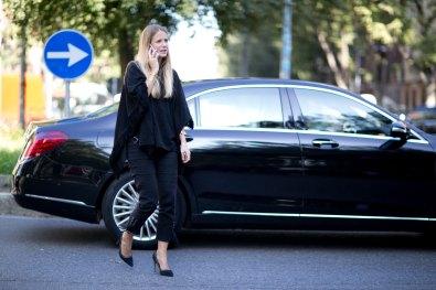 milan-fashion-week-street-style-day-3-september-2015-the-impression-055
