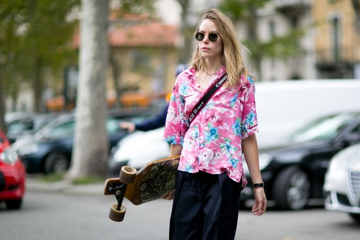 milan-fashion-week-street-style-day-5-september-2015-the-impression-059
