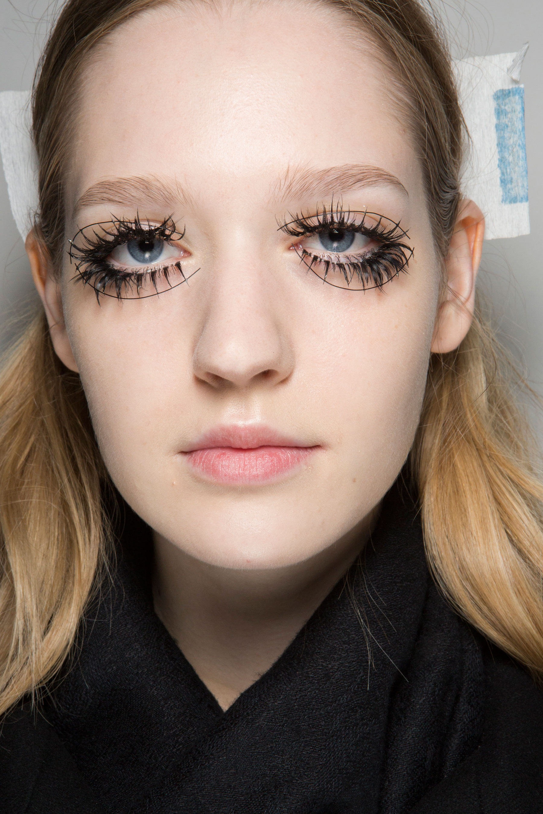 thomas-tait-spring-2016-beauty-fashion-show-the-impression-15
