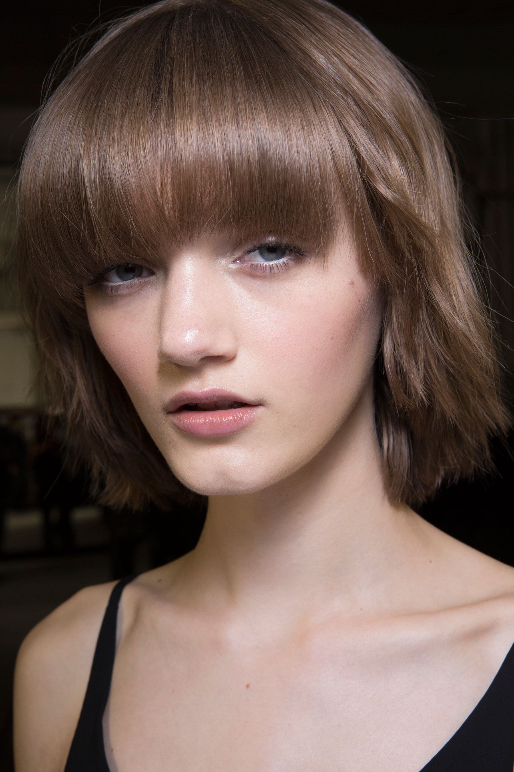 versace-backstage-beauty-spring-2016-fashion-show-the-impression-087
