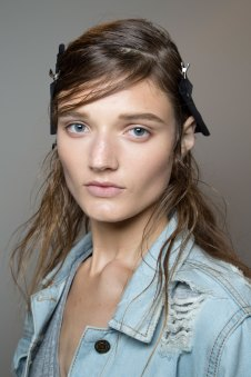 wes-gordon-backstage-beauty-spring-2016-fashion-show-the-impression-02