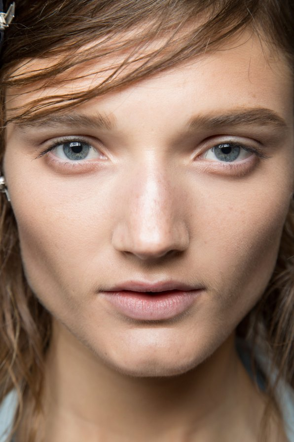 wes-gordon-backstage-beauty-spring-2016-fashion-show-the-impression-05