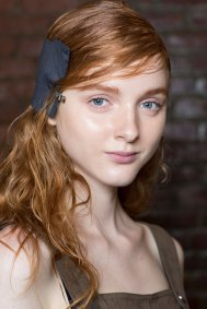 wes-gordon-backstage-beauty-spring-2016-fashion-show-the-impression-14