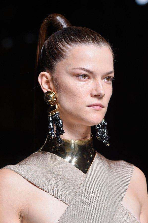 Balmain-spring-2016-runway-beauty-fashion-show-the-impression-41