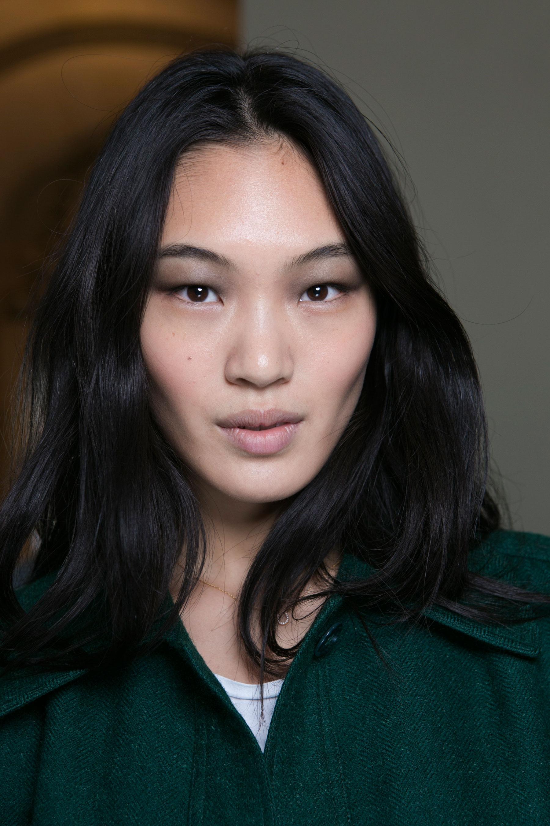 Barbara-Bui-spring-2016-beauty-fashion-show-the-impression-05