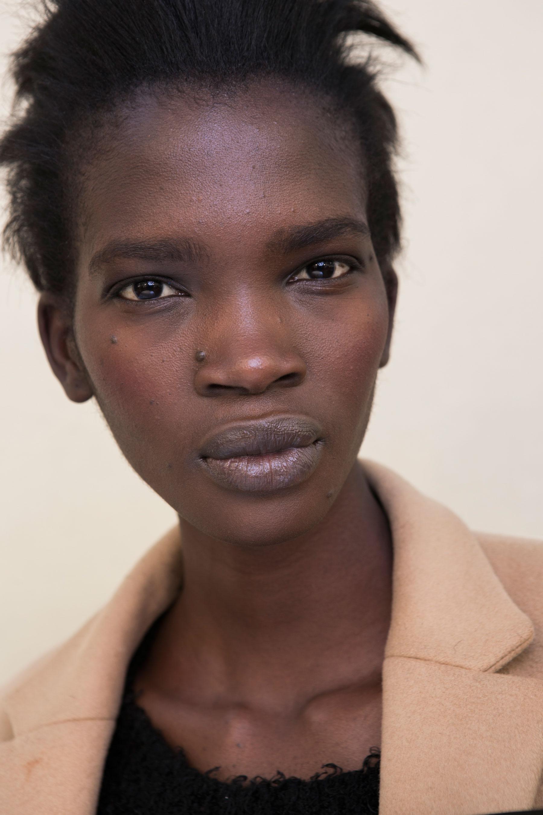 Barbara-Bui-spring-2016-beauty-fashion-show-the-impression-26