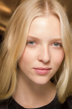 Carven-spring-2016-beauty-fashion-show-the-impression-42