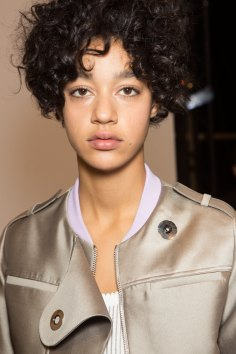 Carven-spring-2016-beauty-fashion-show-the-impression-51