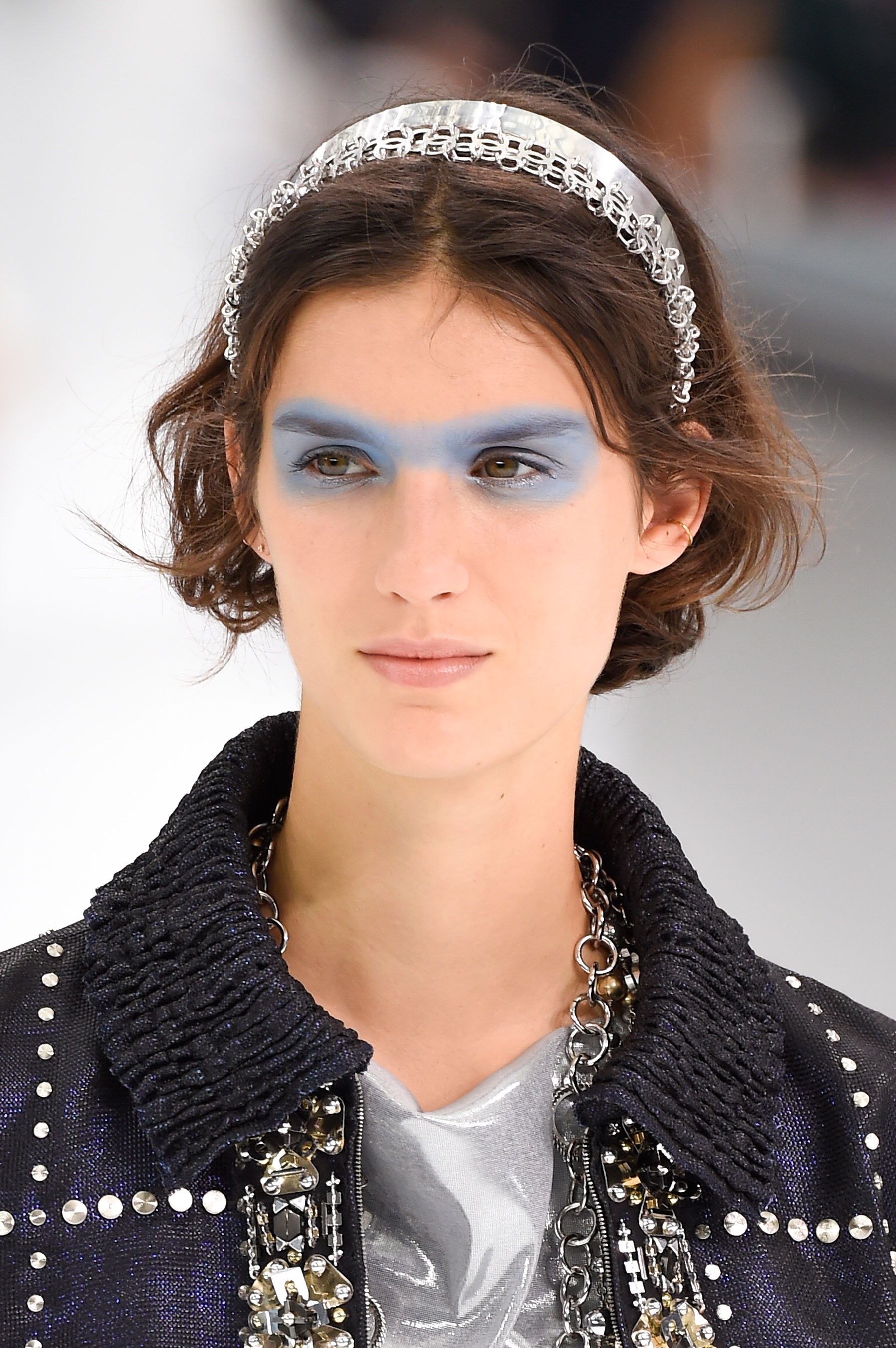 Chanel-spring-2016-runway-beauty-fashion-show-the-impression-15