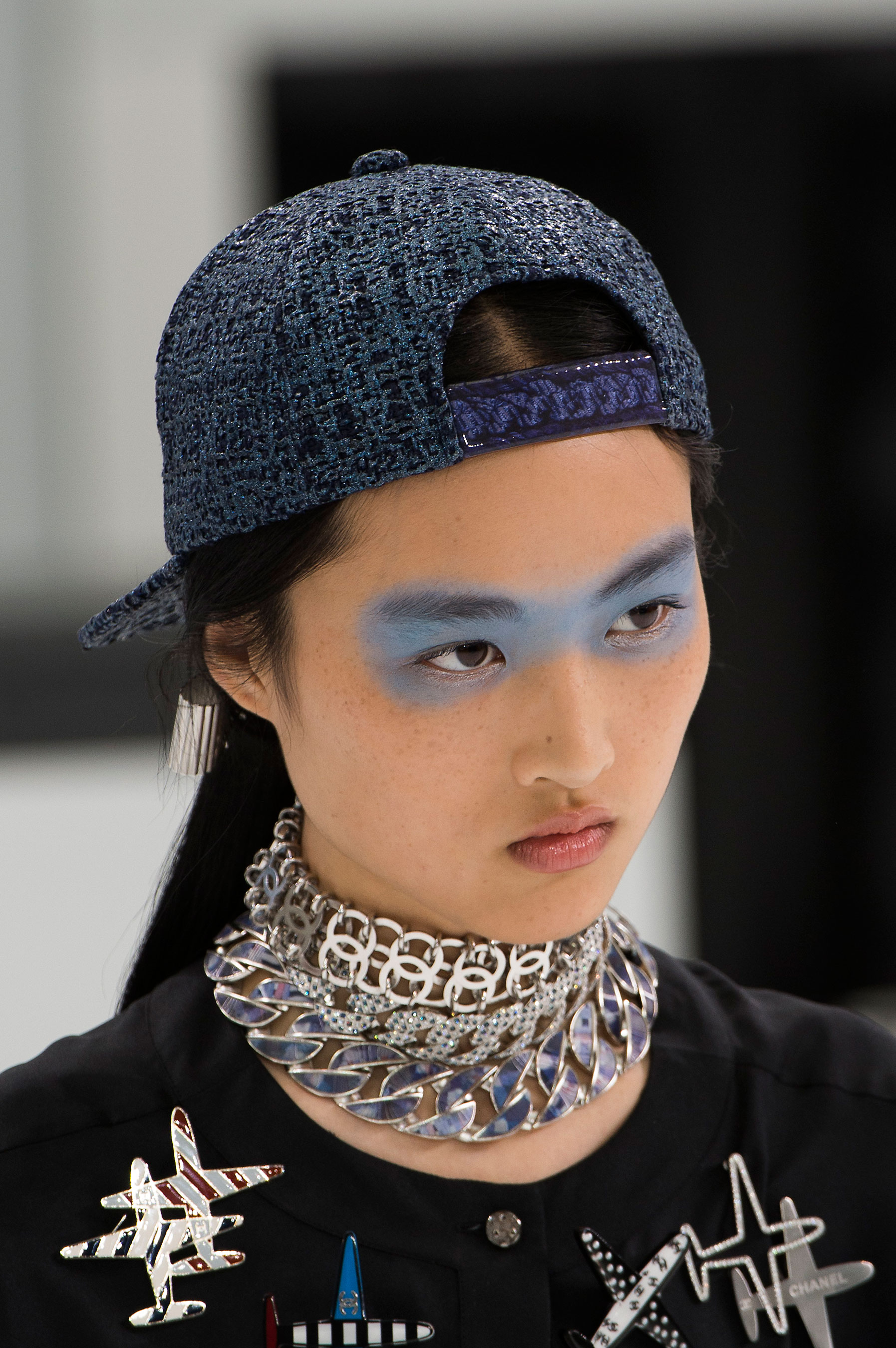 Chanel-spring-2016-runway-beauty-fashion-show-the-impression-31