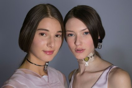 Dior-backstage-beauty-spring-2016-fashion-show-the-impression-043