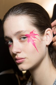 Issey-Miyake-spring-2016-beauty-fashion-show-the-impression-13