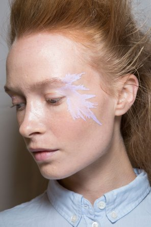 Issey-Miyake-spring-2016-beauty-fashion-show-the-impression-38