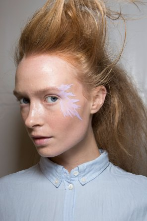 Issey-Miyake-spring-2016-beauty-fashion-show-the-impression-39