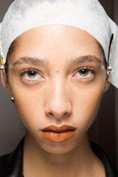 Kenzo-backstage-beauty-spring-2016-fashion-show-the-impression-005