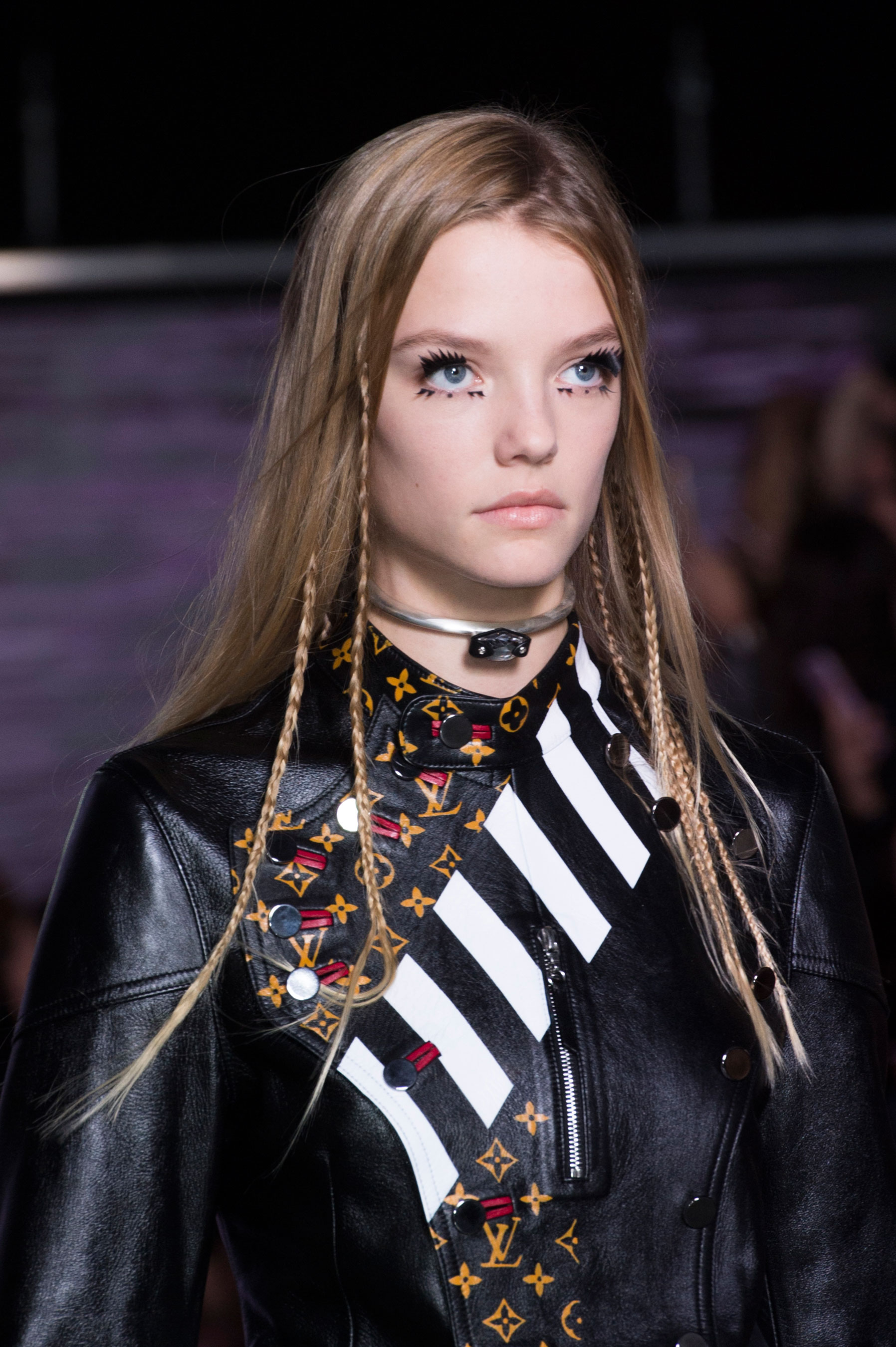 Louis-Vuitton-spring-2016-runway-beauty-fashion-show-the-impression-08